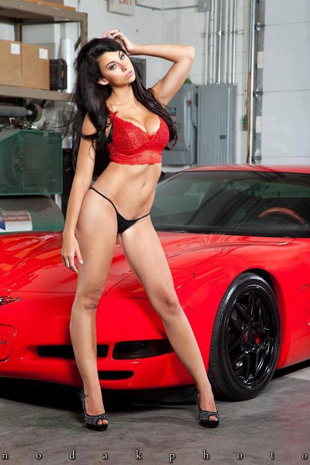 Hot chicks in fast cars and their reactions