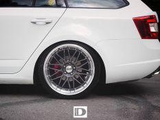 Skoda Octavia RS DOTZ Revvo Dark