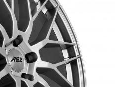 Jaguar E-Pace vs. AEZ Crest