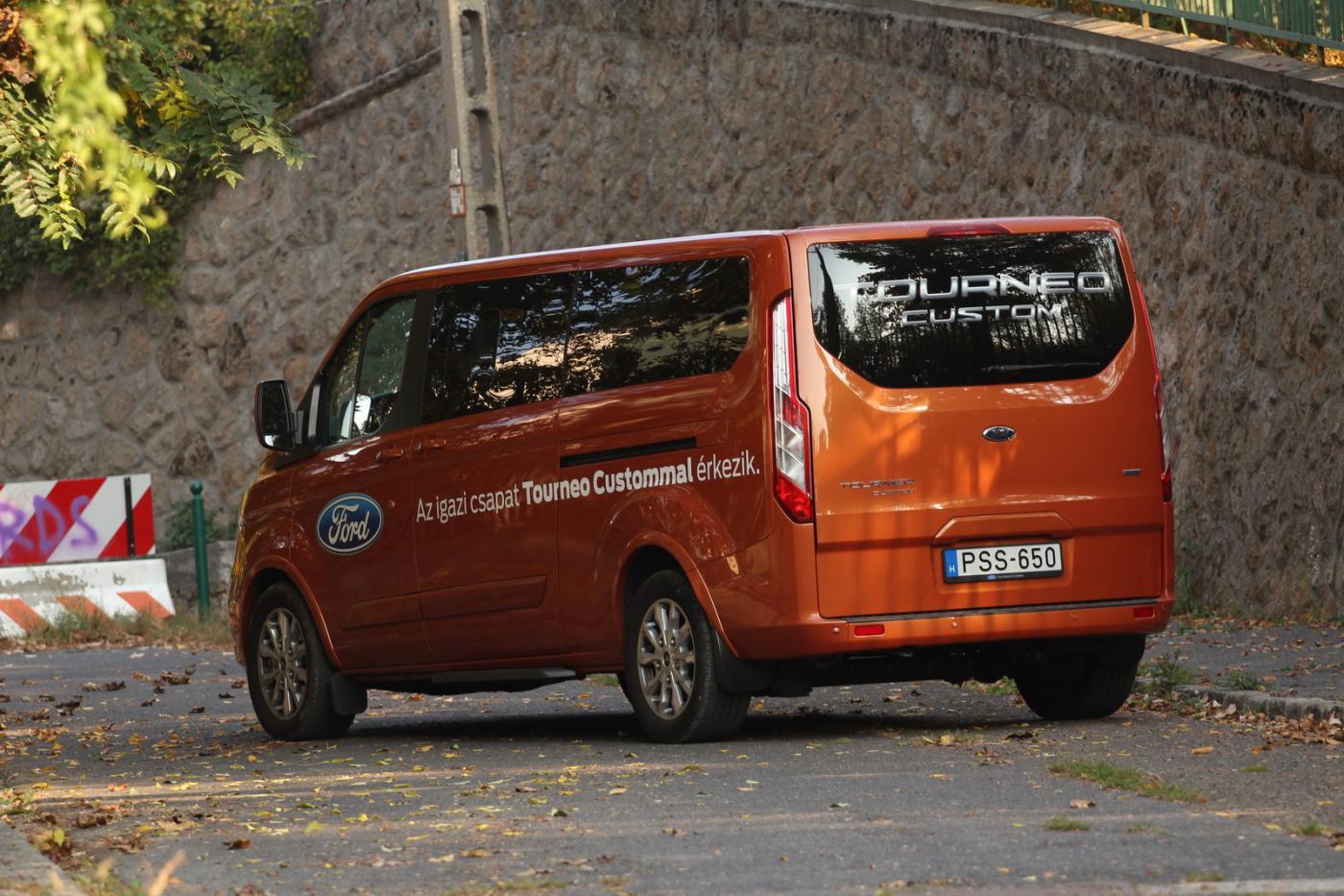 Teszt Ford Tourneo Connect 7 személyes