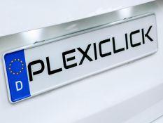 Plexiclick: a rendszámtartók új dimenziója