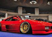 Igen, ez tényleg egy rottyra rakott Ferrari 348