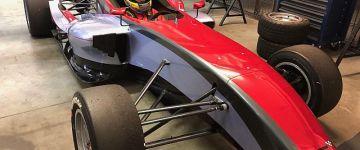 Szereted az autósport varázslatos világát? Nyerj a Gender Racinggel!