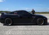 379 km/h-val száguldott egy 1100 lóerős Nissan GT-R
