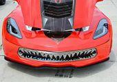 Sajnos nem vicc: cápafog rács a Corvette-re