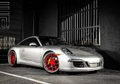 Exclusive Motoring Porsche 911 Carrera