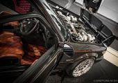 Így kerül a hatliteres biturbó V8 egy majd' 30 éves BMW E30-ba