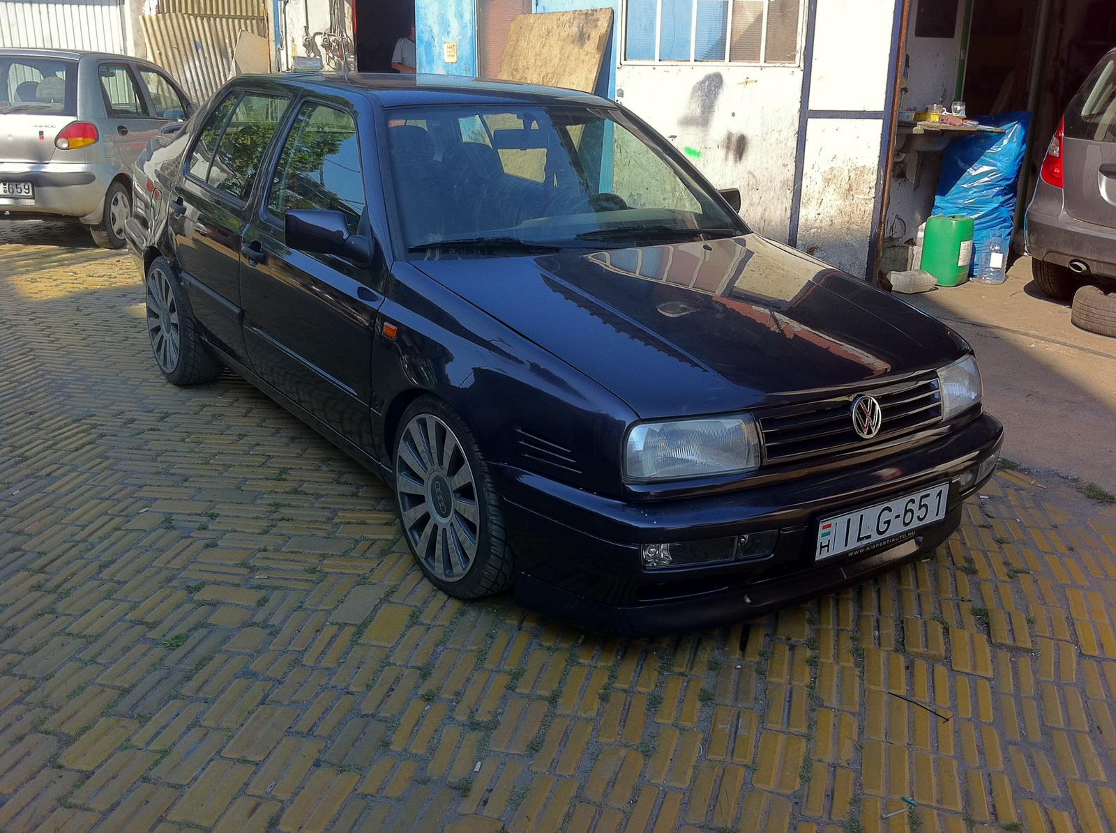 Volkswagen Vento VR6 tuning (vérbefagy) - CARSTYLING COM
