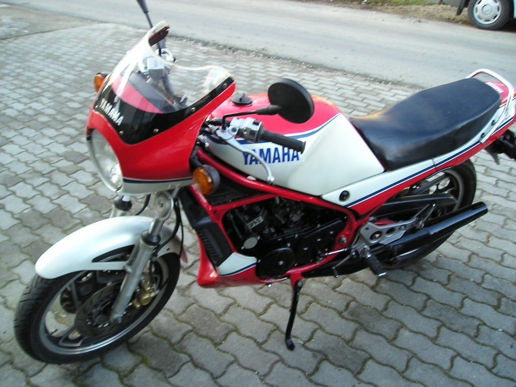 Yamaha RD 350 Ypvs tuning (CARrier) - CARSTYLING COM :: Magyar
