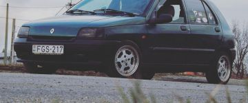 Renault Clio - Lacckóó